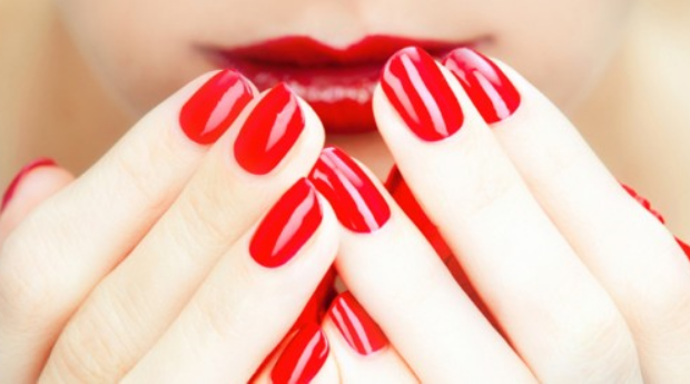 2 Sessões de Manicure com Verniz de Gel em Matosinhos!