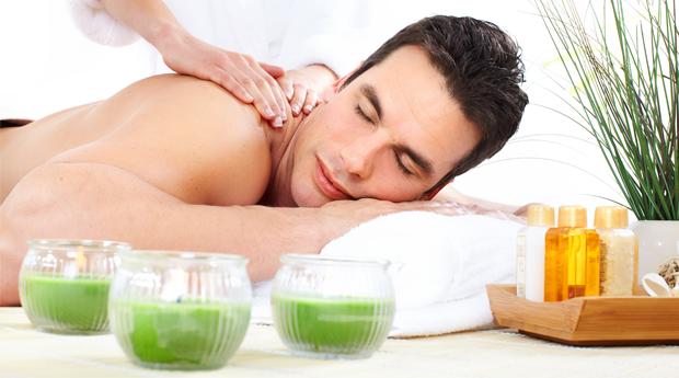 Dia do Pai Especial! Massagem de Relaxamento Localizada com Spa Facial em Vila Nova de Gaia!