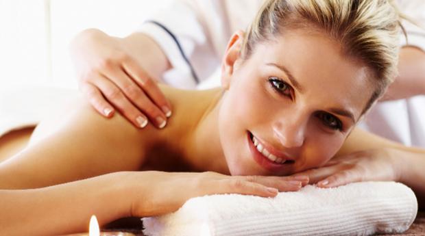 Spa de Rainha com Rejuvenescimento de Rosto, Massagem Corpo Inteiro e Tratamento de Mãos na Boavista!