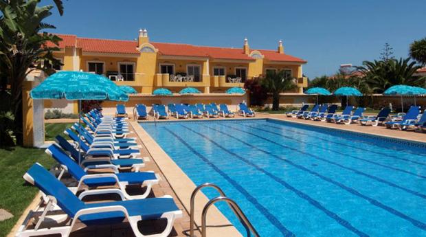 Algarve -  2, 3, 5 ou 7 Noites Até 5 Pessoas nos Apartamentos Giramar 3*!