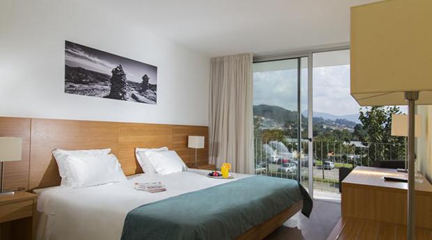 Gerês a Dois! 1 a 2 Noites no Arcos Hotel Nature&Spa com Massagem e Meia Pensão!
