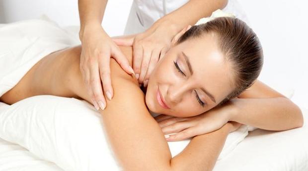 Especial Dia da Mãe! Massagem de Relaxamento Corporal com Spa de Rosto em Cascais!
