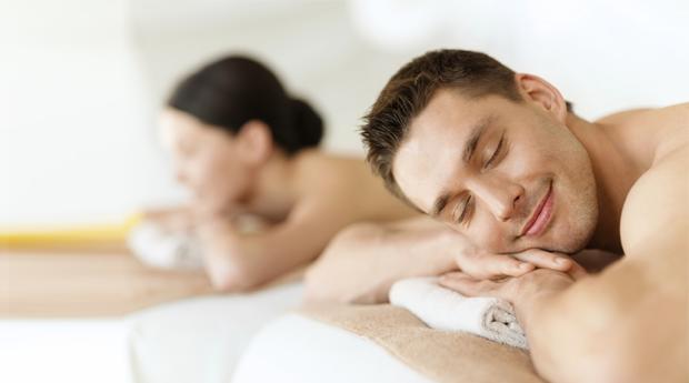 Relax e Love a Dois no Estoril! Esfoliação, Massagem ao Corpo Inteiro e Ritual Final!