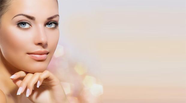 Super Tratamento Facial Silver, Gold e Platinium com Limpeza de Pele com Peeling, Design de Sobrancelhas e Extensão de Pestanas em Matosinhos!
