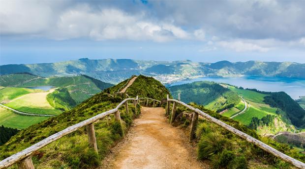 A Ilha Mais Paradisíaca dos Açores! 3 Noites em São Miguel em Hotel 4*com Voos Incluídos!