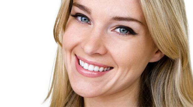 Sorriso Perfeito! Aparelho Dentário Mini-Estético e Kit de Branqueamento em Lisboa!