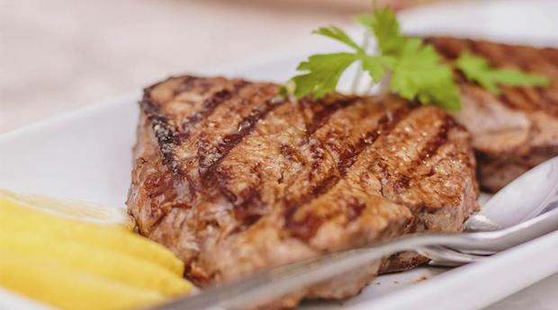 Gastronomia Tradicional Completo na Quinta de Resela! Bacalhau ou Lombelo para 2 Pessoas!