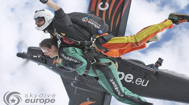 Sente a Liberdade! Skydive a 3000M de Altitude em Ferreira do Alentejo!