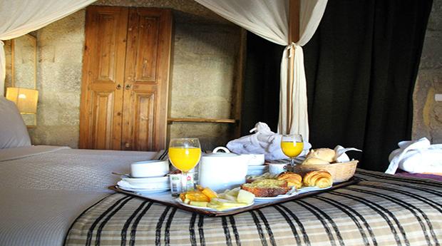 Gerês Romântico em Hotel de Charme - Até 3 Noites com Jantar ou Massagem no Hotel Rural Maria da Fonte!