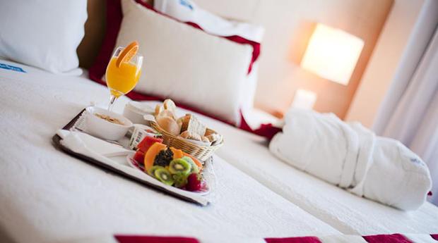 Porto em Hotel 4* -  Visita e Degustação nas Caves, Cruzeiro, Jantar e Mais...