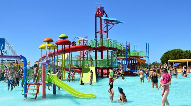 Aquashow Park no Algarve! Entrada de Criança, Adulto ou Sénior no Parque Aquático!